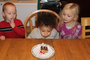MALAKAIS 2ND BIRTHDAY NOV 30 2012 032