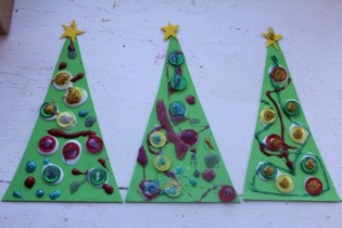 DAYCARE LETTERS CHRISTMAS TREE BEAN BAG TOSS 033
