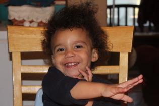 SANTA HANDS Dec 12 2012 017