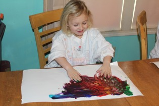 DAY CARE FINGER PAINT COOKING 003