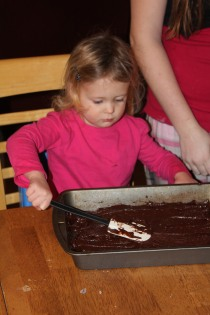 DAY CARE FINGER PAINT COOKING 035