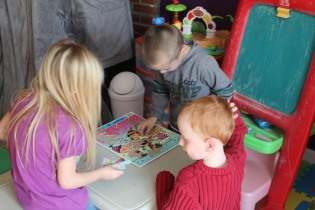 DAYCARE DANCE, PUZZLES, JEREMY 001