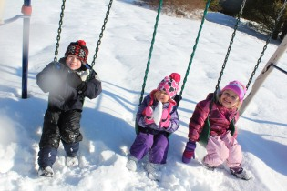 DAYCARE OUT IN THE SNOW FEB 13 2013 024