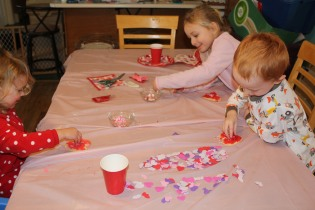 DAYCARE VALENTINE'S PARTY FEB 12 2013 048