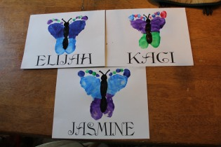 DAYCARE FEET BUTTERFLIES FOR MOTHERS DAY 018