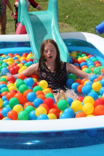 DAYCARE BALLS IN POOL RAINBOW AUG 5 2013 018