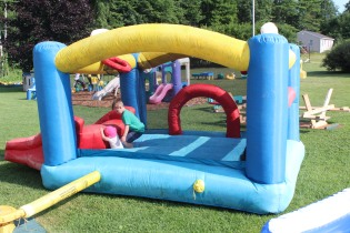 DAYCARE BOUNCE HOUSE CARTER GIRLS jULY 21 2014 001