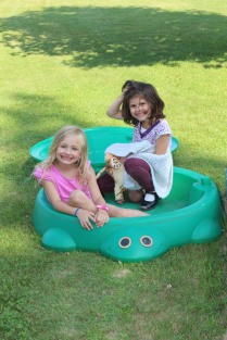 DAYCARE BOUNCE HOUSE CARTER GIRLS jULY 21 2014 044